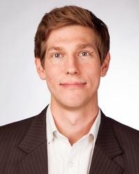 <b>Julius Dücker</b>, Dipl.-Wirtschaftsjurist Gründer der Firma examio GmbH, Siegen - studioa_04_mueller_thorsten_w200px_h250px