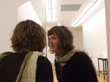 Mischa Kuball, durch das große Glas, 1999
