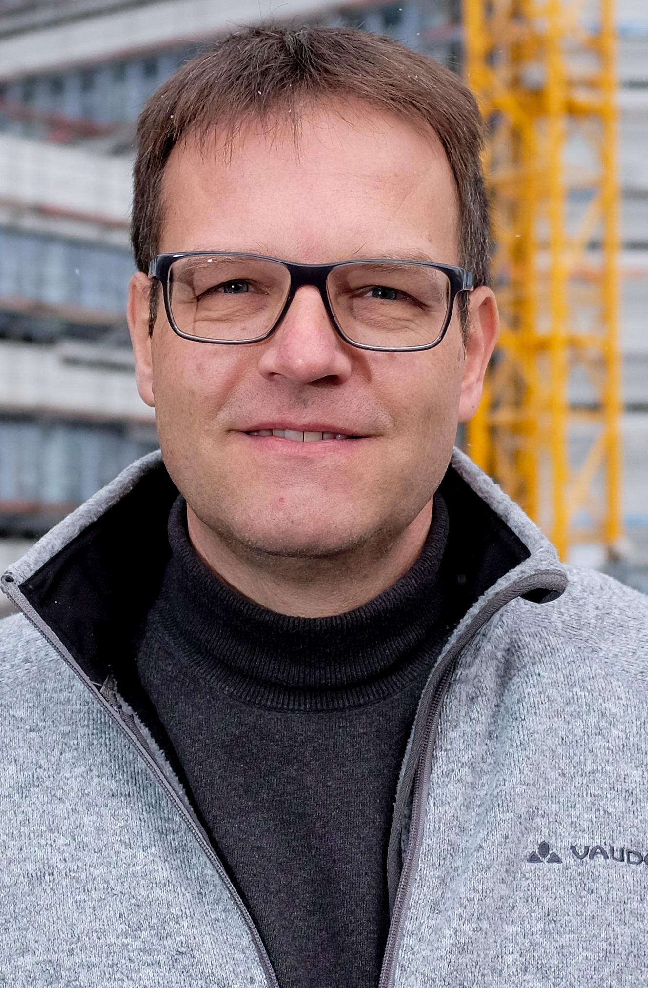 Prof. Dr. Ulrich Riegel
