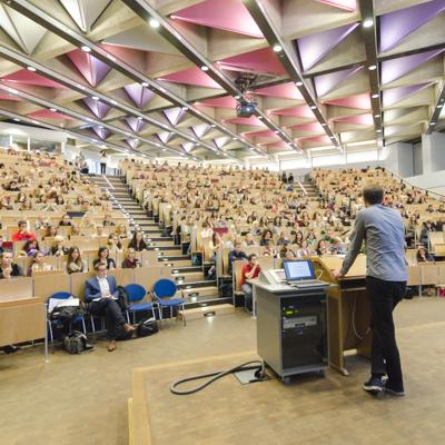 Universit t siegen verzeichnet neuen studierendenrekord for Raumgestaltung uni siegen